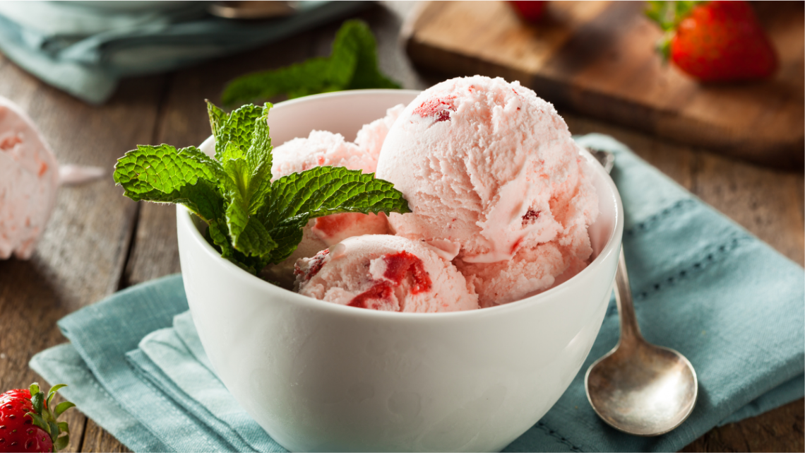 no_churn_strawberry_ice_cream