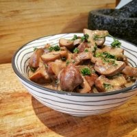 Champignons in roomsaus