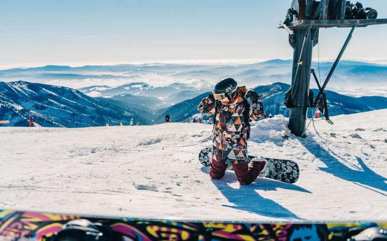 Snowboard & Ski Lessons