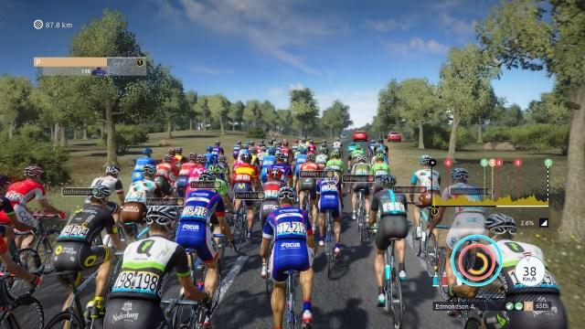 Tour De France - Peloton