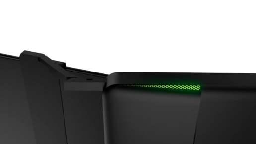 Razer triple screen laptop deployment system