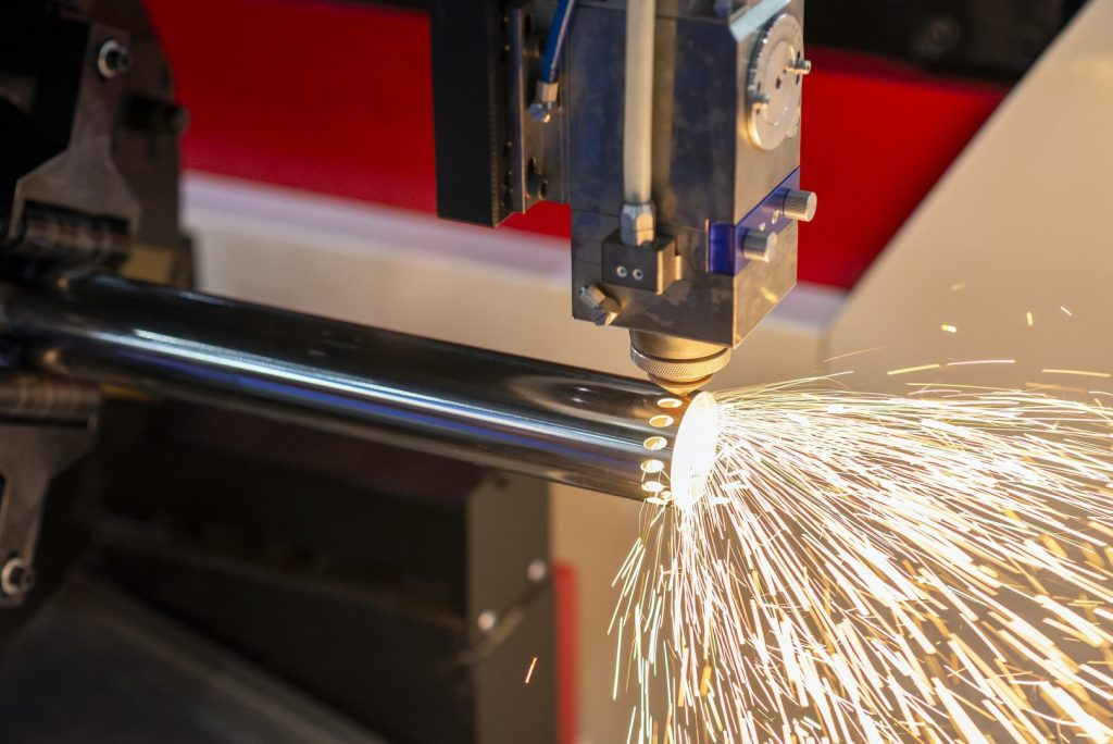 co2 vs fiber laser cutting