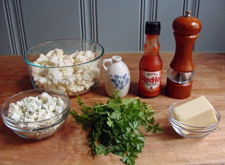 buffalo cauliflower pizza ingredients