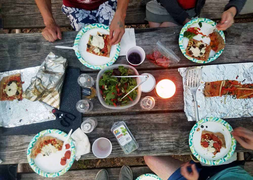 campfire-pizza-table