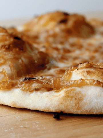 Caramelized Onion Pizza Topping