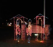 holiday lights at yelm park