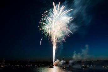 2013-7-3 BHA Fireworks Sho-22