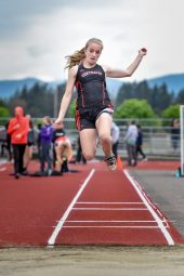 5-18-2018 Tumwater District Track Meet (26)