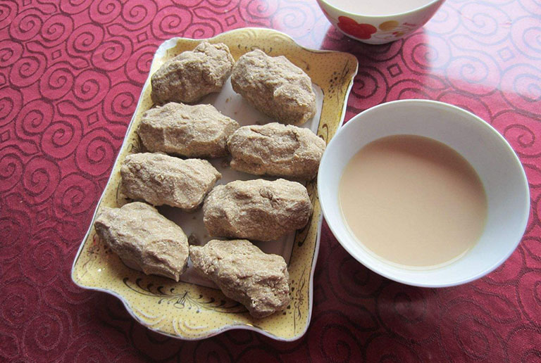What to Eat and Drink in Tibet  Tibetan Foods and Drinks