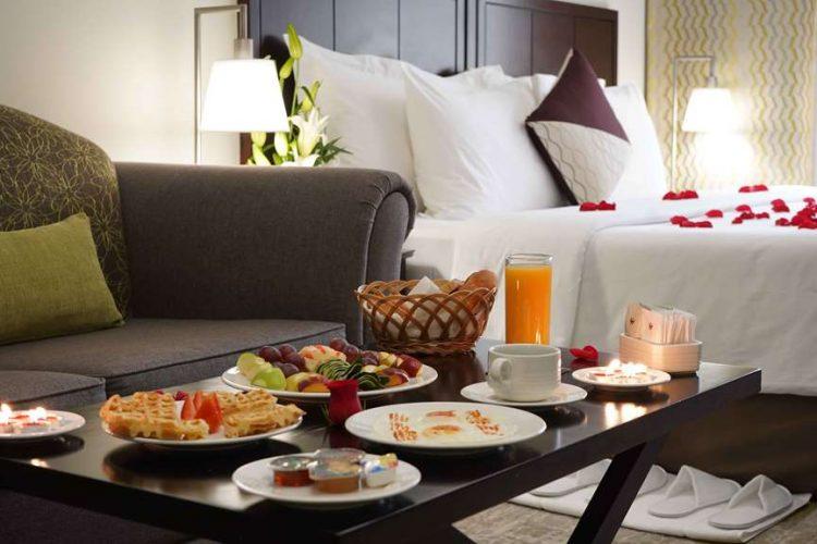 Dal piano estraibile alle ante rientranti · pensili in. Hotel Dubai Savoy Crest Hotel Apartments Ticati Com