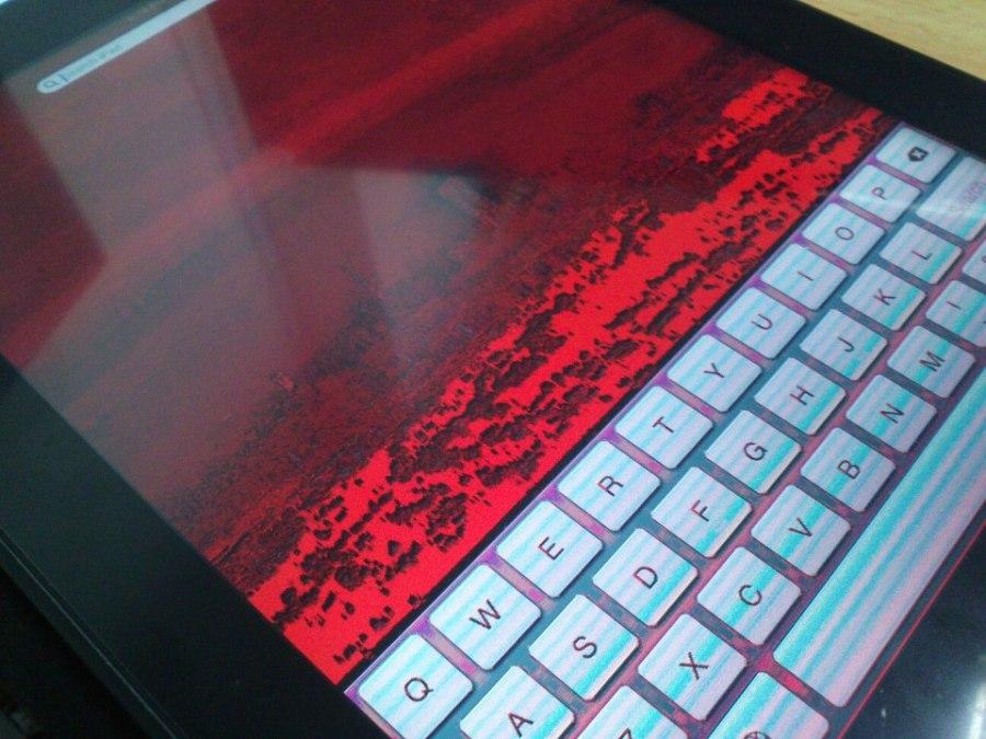 مشكلة تحول شاشة الايباد إلى اللون الأسود أو الأحمر تكنو