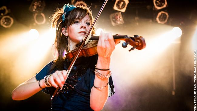 "Lindsey Stirling Reschedule ""Artemis"" World Tour 2020"