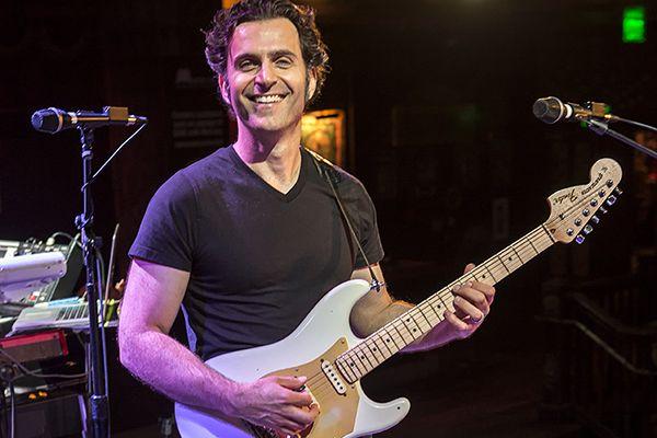 "Dweezil Zappa Extends ""Hot Rats Live!"" Tour 2020 Dates"