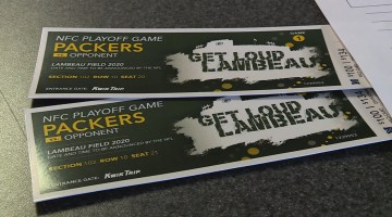 Packers Fans React to Digital Only Ticketing