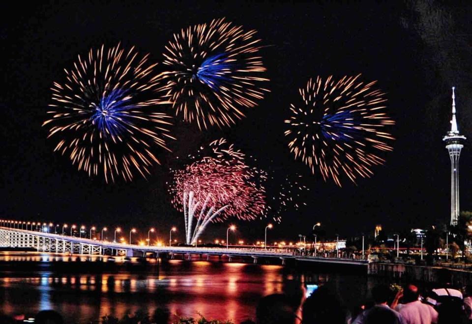 Macau: Fireworks Display Contest (pic courtesy: Macau Tourism)