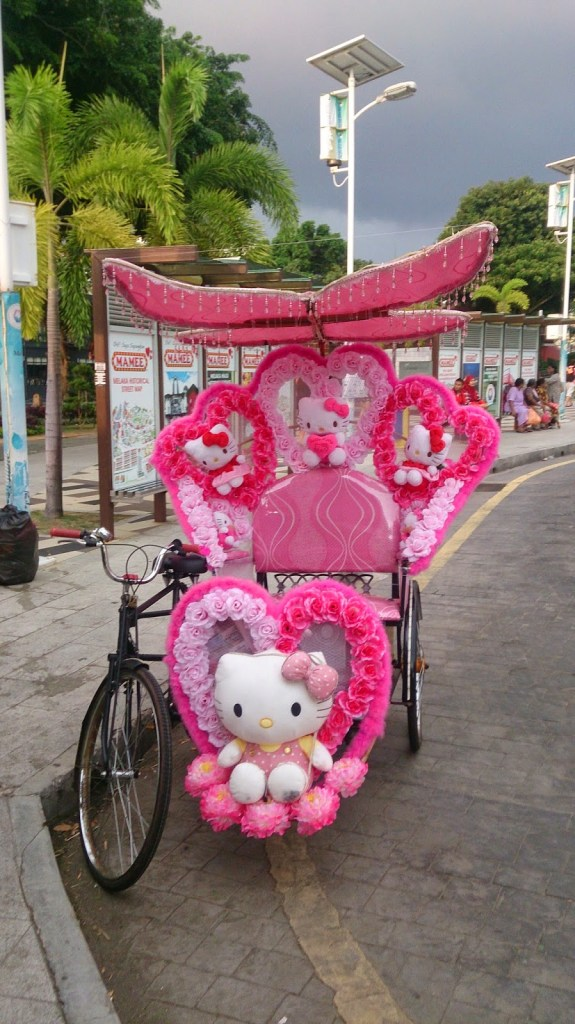 Trishaw at Melaka... Kitty seemed to be the star here!