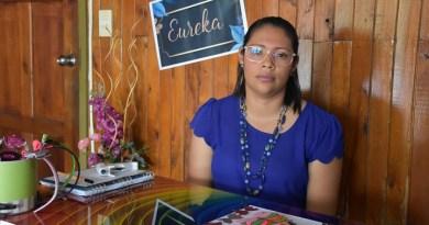 Foto 2: Negocio de venta de lazos y diademas para mujeres Creaciones Eureka