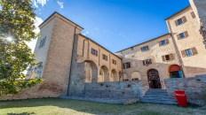 Corte Interna Rocca Vescovile-1