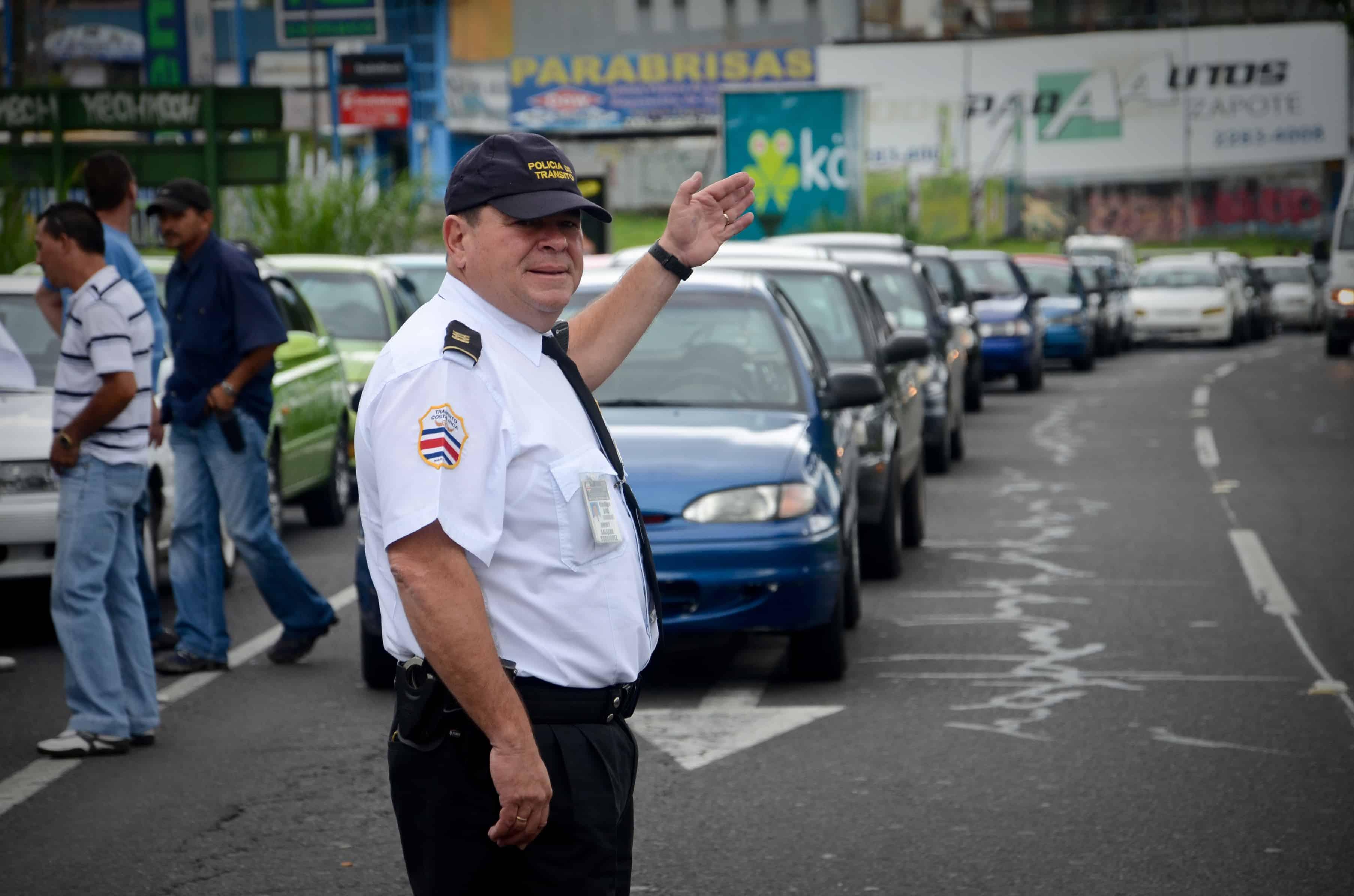 Costa Rican police leadership denies targeting Uber