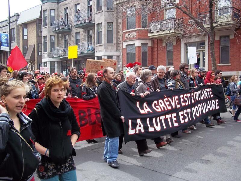 greve décembre - manifestation étudiante