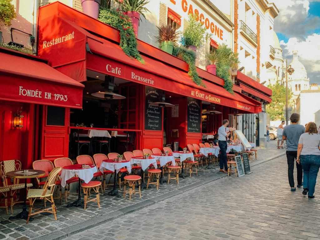 tendance tourisme 2021 - trajet quotidien touristique - bar paris