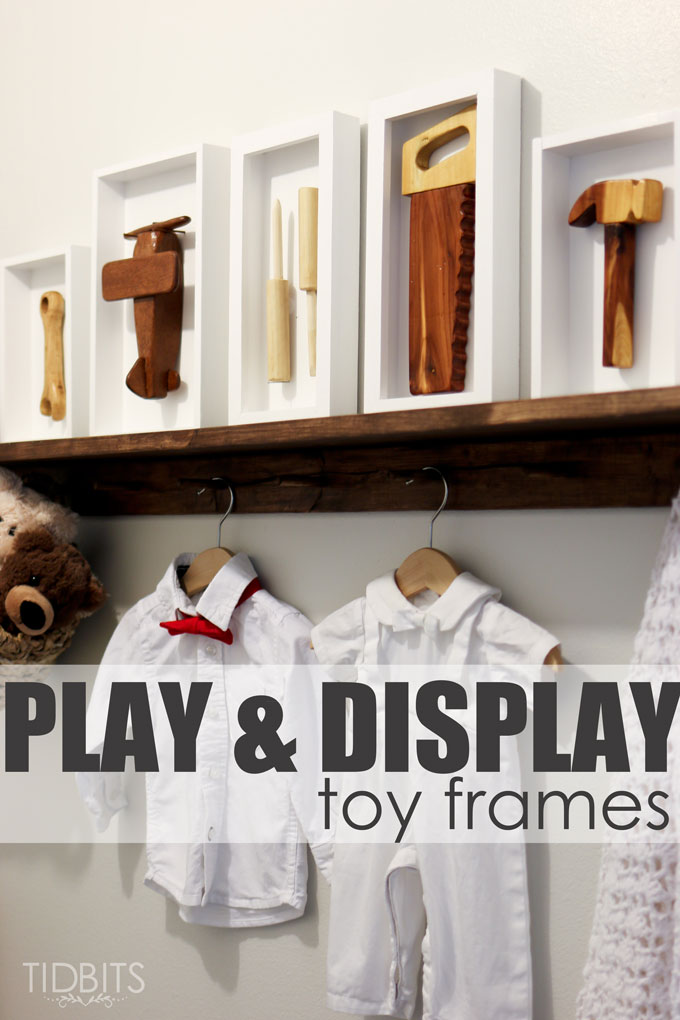 Play and Display, Toys in a frame