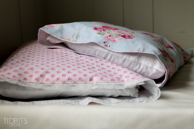 Reversible Pillow Case TIDBITS-21