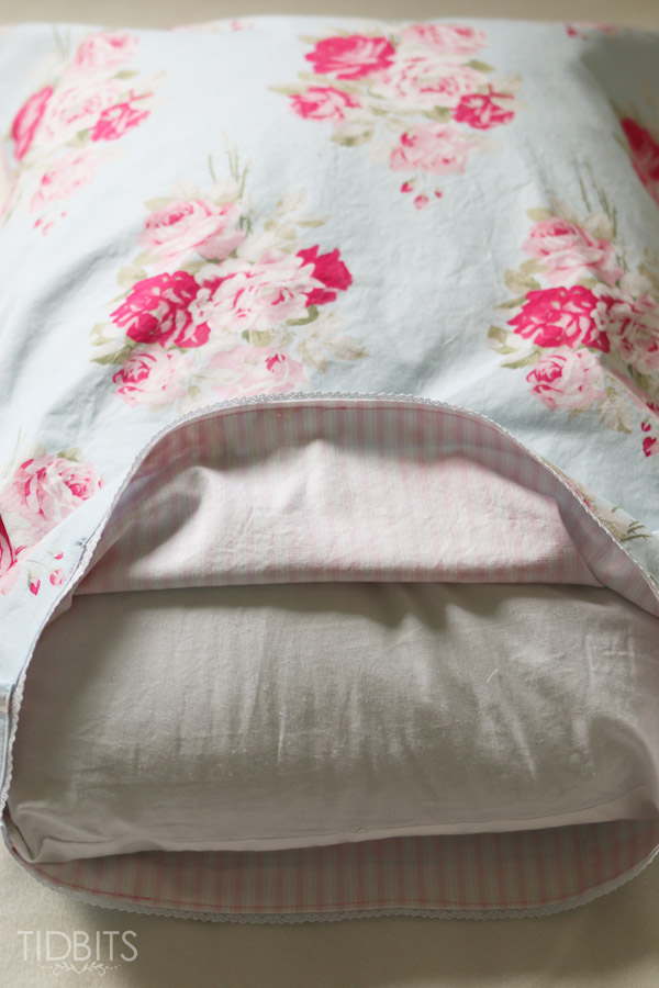 Reversible Pillow Case TIDBITS-24