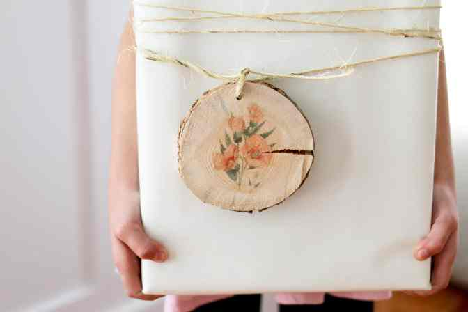 botanical gift toppers