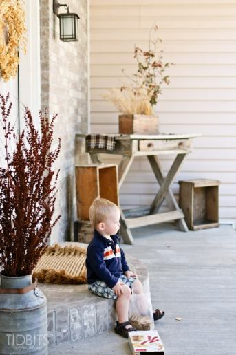 Decorating for Fall with Nature | Fall Front Porch Decor