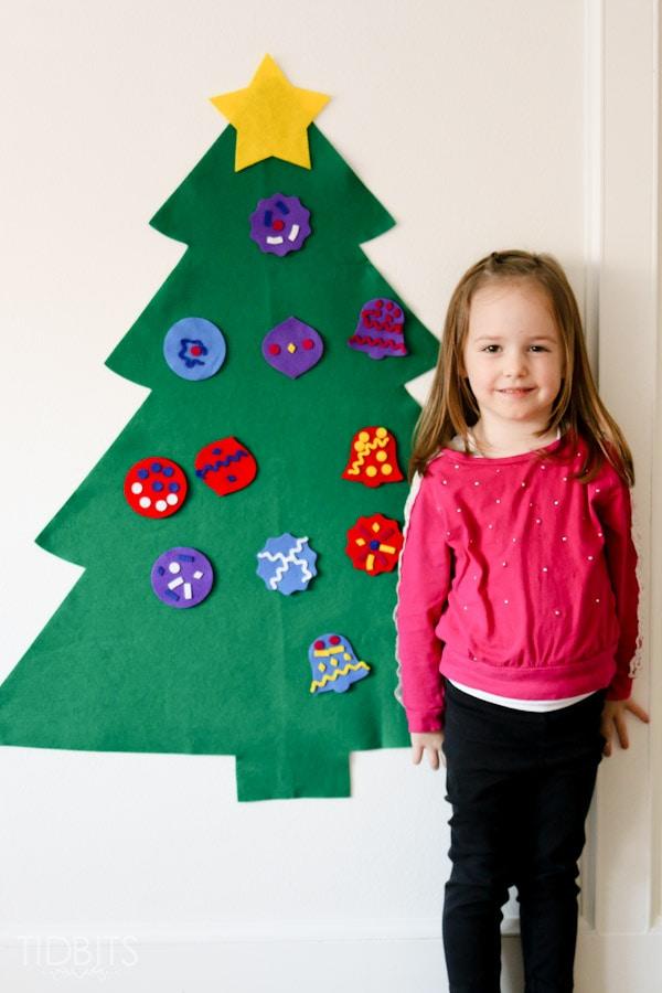 felt christmas tree craft for kids tidbits. Black Bedroom Furniture Sets. Home Design Ideas