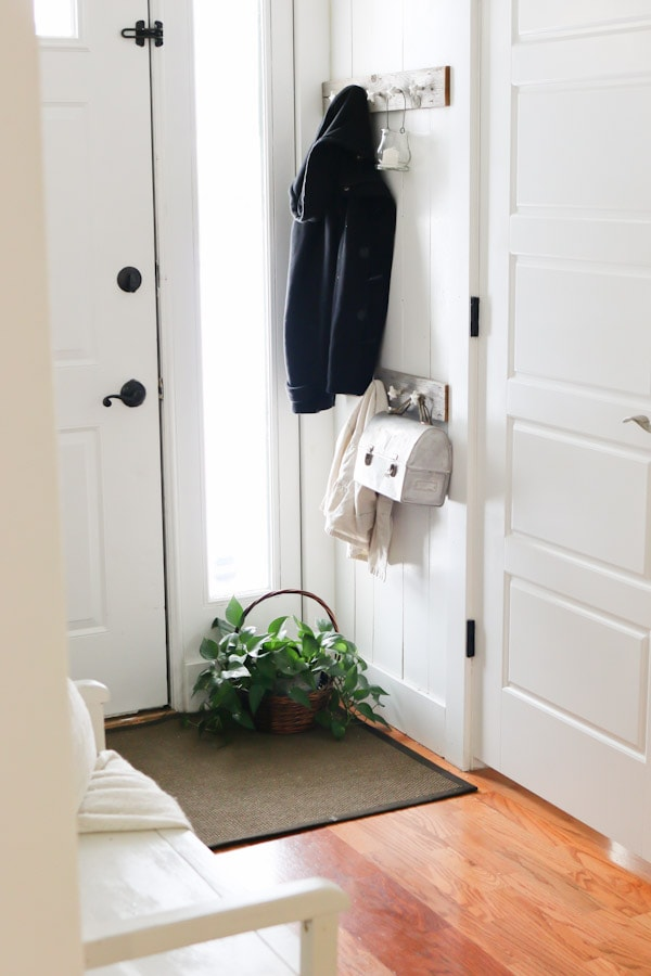 Winter Entry Way inspiration - embracing white, simple and clean home decor.