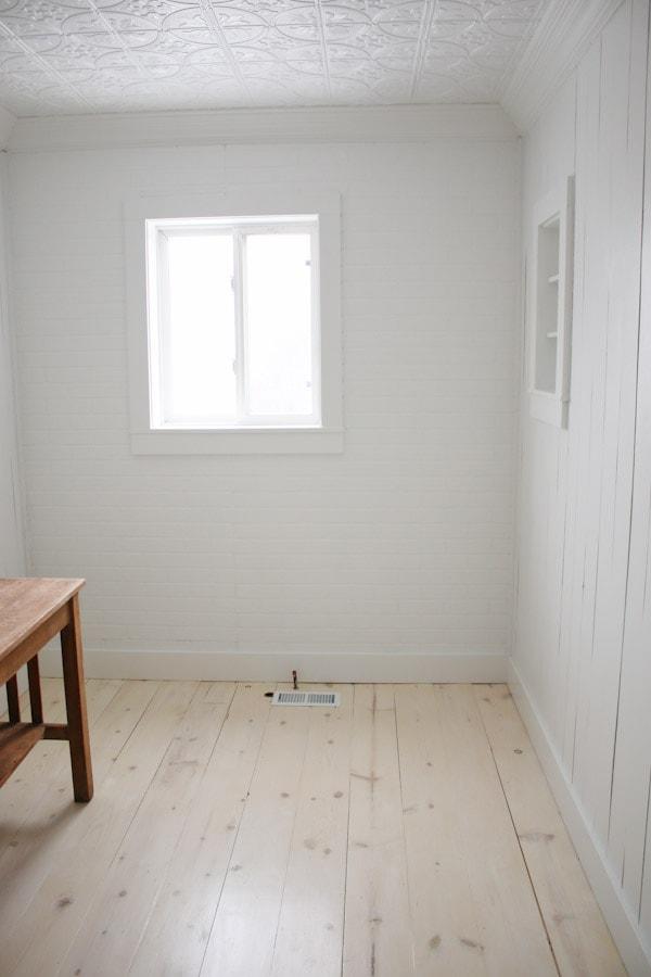 DIY Shiplap Pine Wood Floors | Bathroom Makeover Progress - Tidbits
