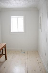 DIY Shiplap Pine Wood Floors