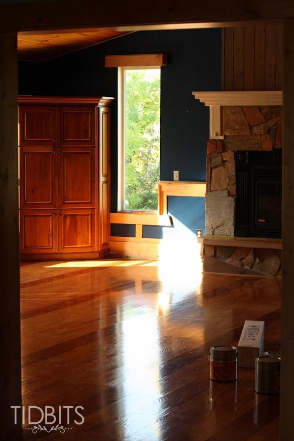 White Cottage Living Room-1