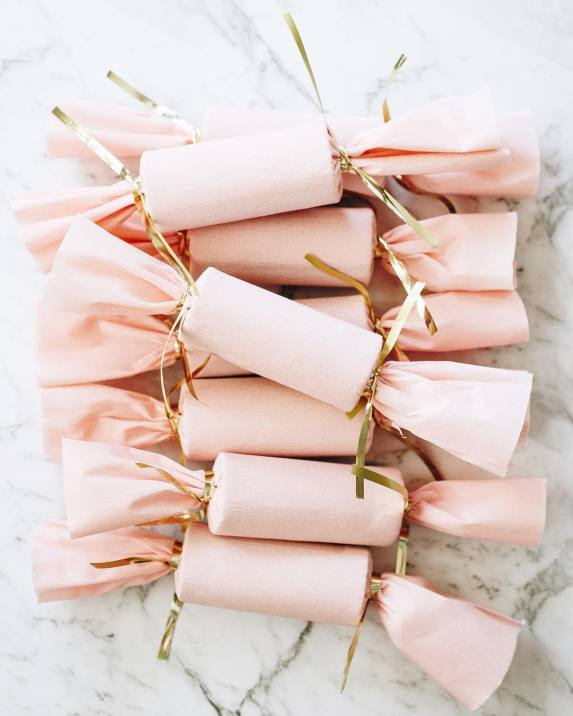 Pink Christmas Poppers