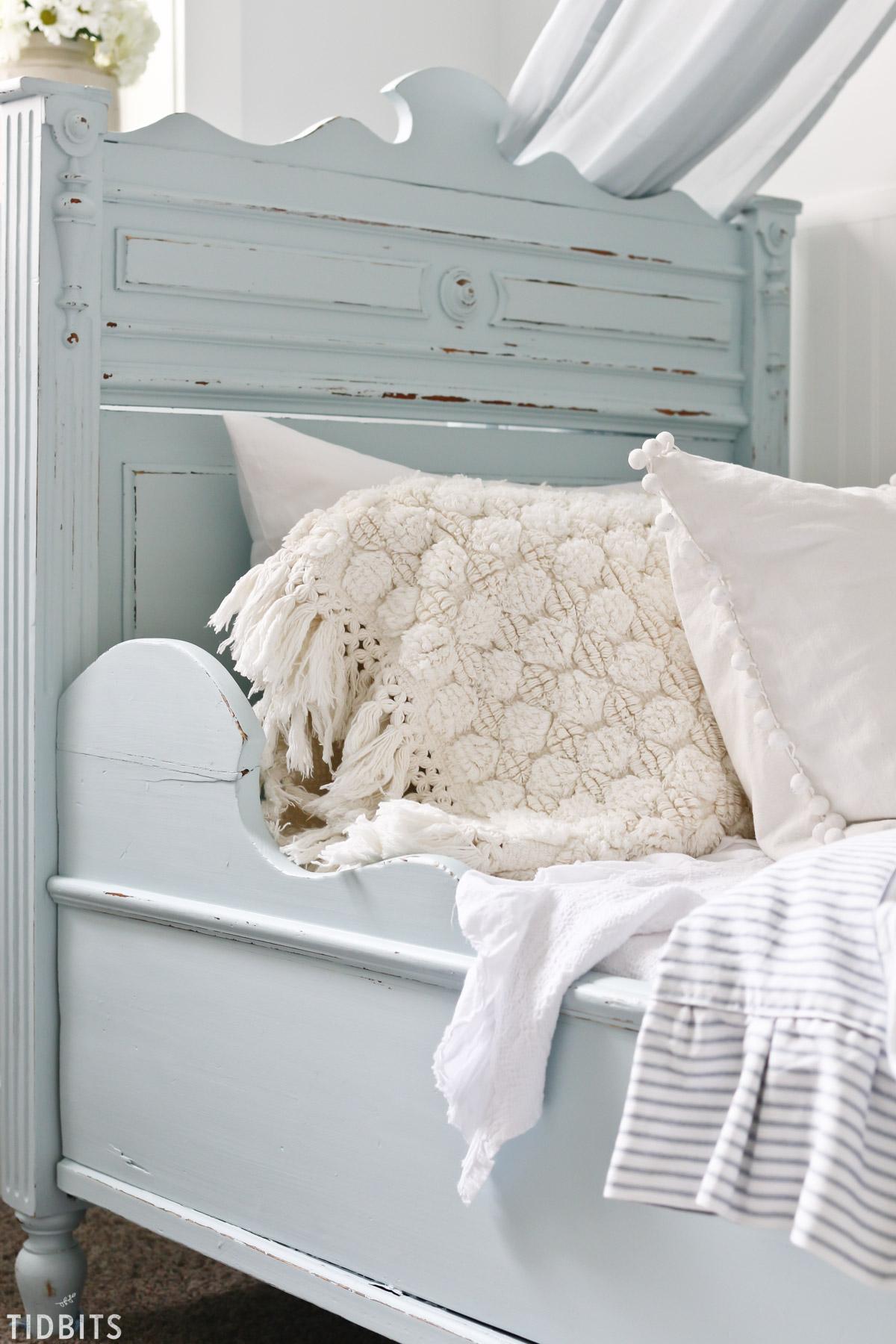 DIY Bath Mat Pillow TIDBITS