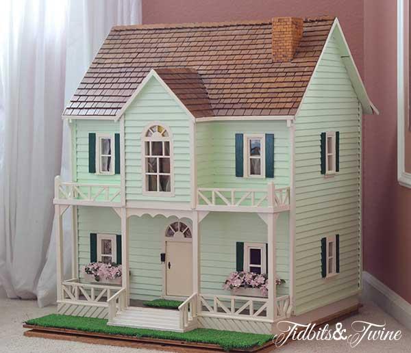 Take a Tour of my Dollhouse