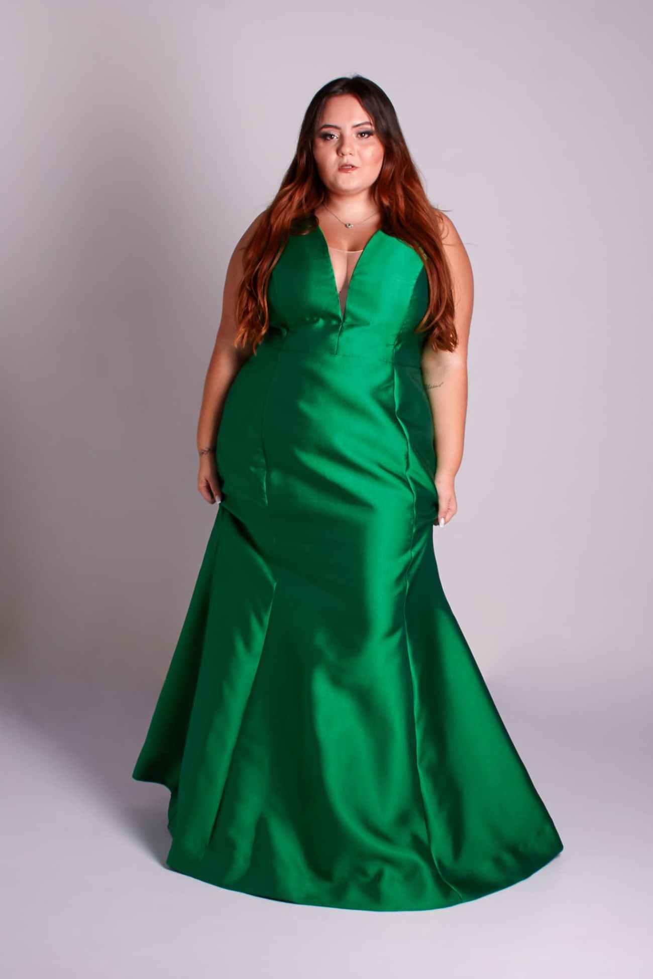 64 - vestido verde esmeralda de zibeline com decote V