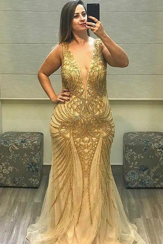 43 - Vestido sereia de tule nude bordado em dourado