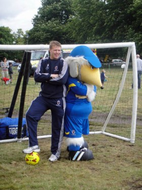 Haydon the Womble poses with Seb Brown