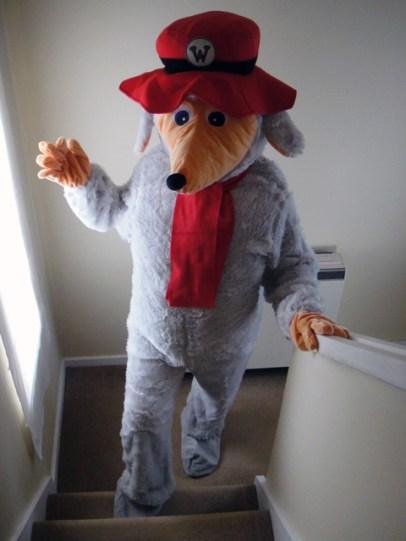 Orinoco costume full length with head down