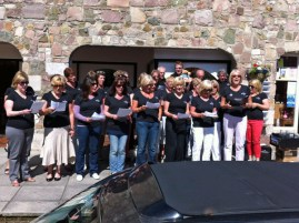 Alderney's Wine and Song choir perform Wombles songs