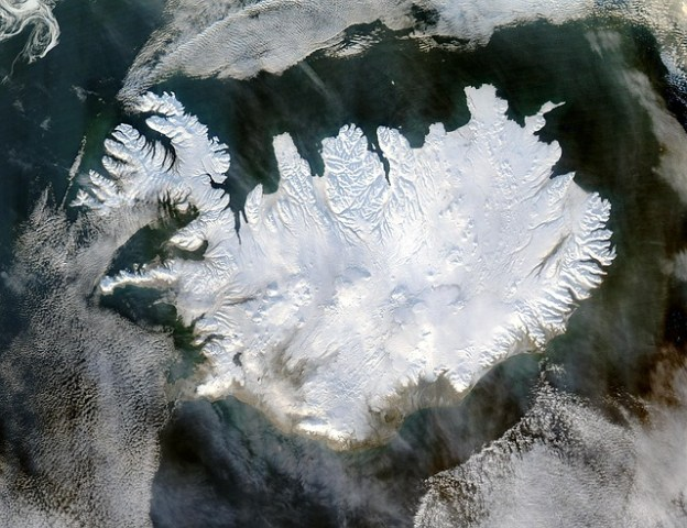 iceland-winter-polar-cap-eternal-ice-glacier