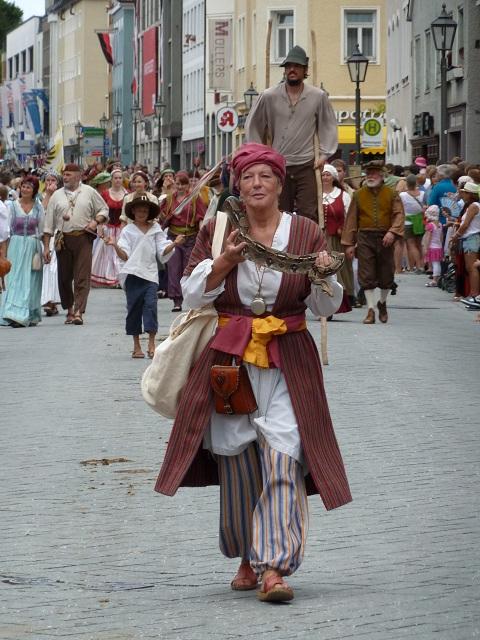 Gaukler beim Großen Festumzug auf den Wallenstein Festspielen Memmingen 2012