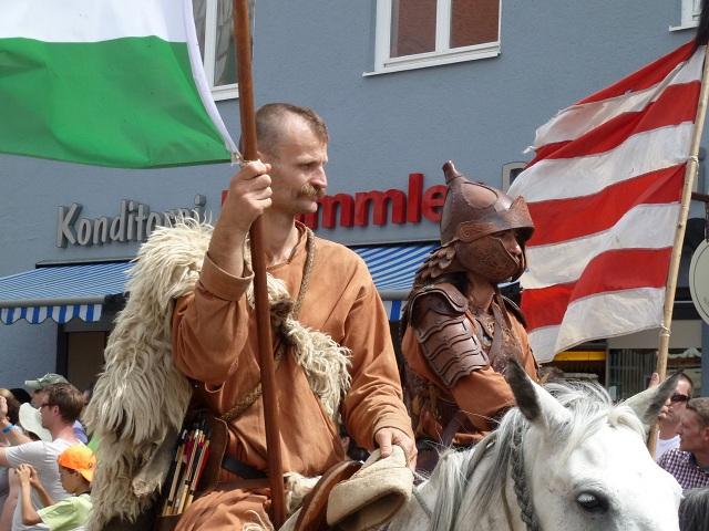 mongolische Krieger bei den Wallenstein-Festspielen
