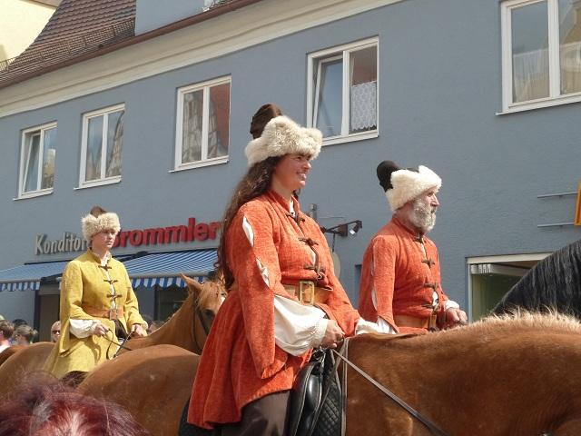 Mongolen auf dem Großen Umzug bei den Wallenstein-Festspielen in Memmingen 2012