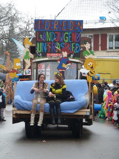 Fasching-Ronsberg-Untrasried-Sofa