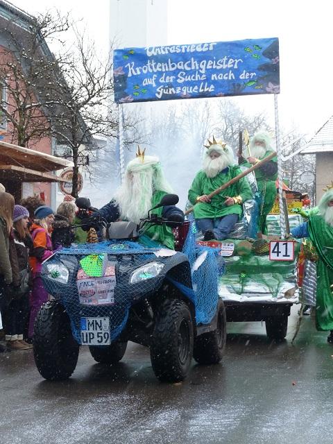 Untrasrieder Krottenbachgeister auf dem Faschingsumzug Ronsberg 2013