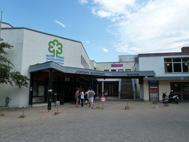 Eingang zum Jordan-Badepark in Kaufbeuren